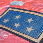 Tutorial: Easy Patriotic Spraypainted Doormat