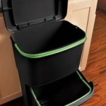 Review and Giveaway: Rubbermaid 2-in-1 Recycler