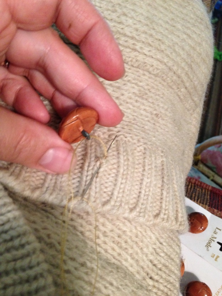 Sewing on a shank button 4