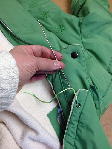 Replacing a drawstring 8