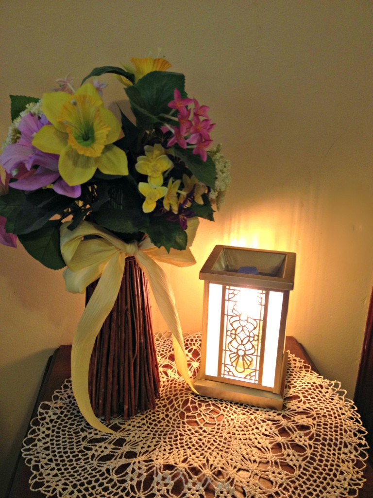 Edison Wax Warmer in use