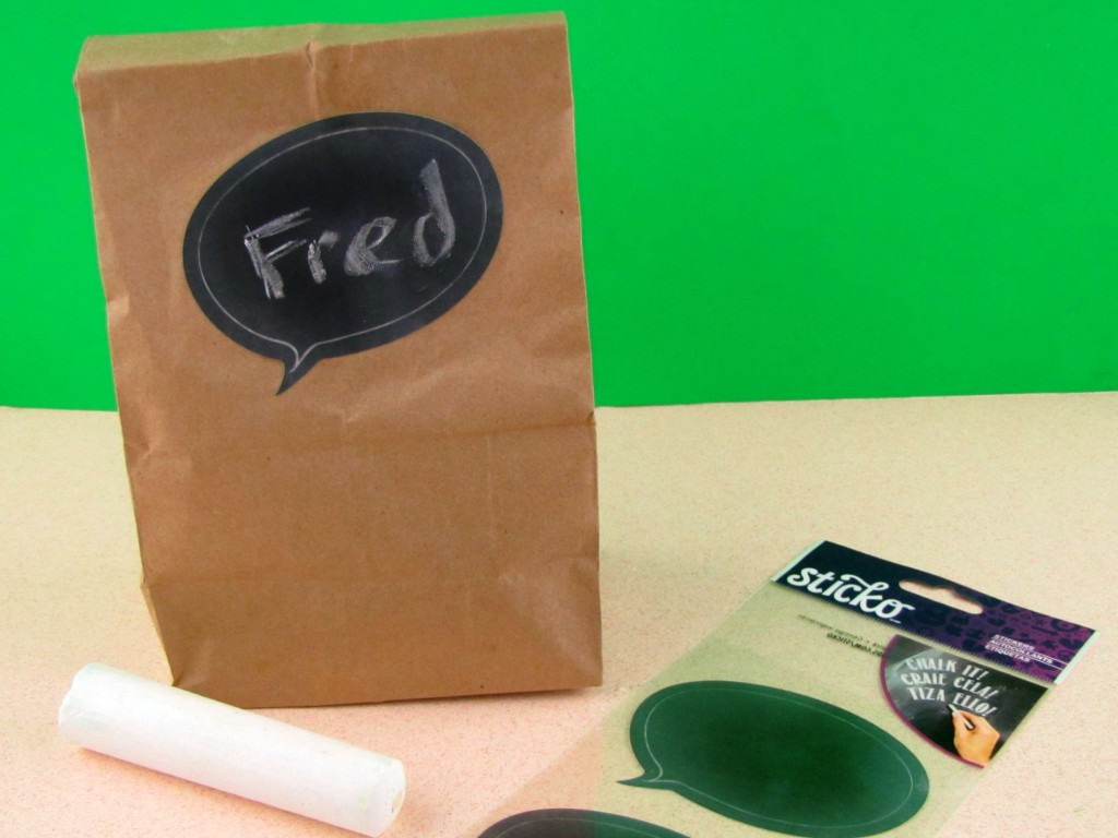 Quick and Easy Chalkboard Lunchbag