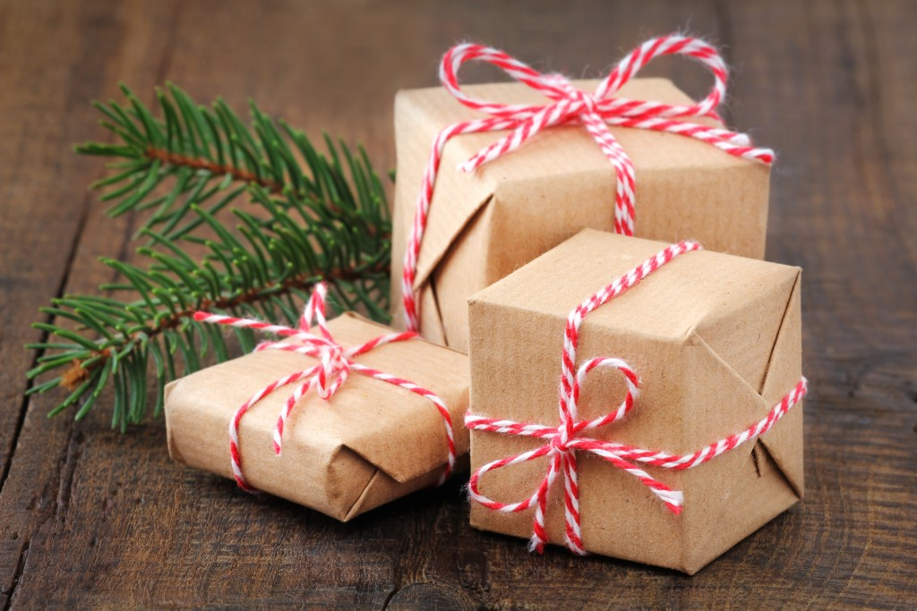 8 Ways to Donate Gifts this Christmas - Frugal Upstate