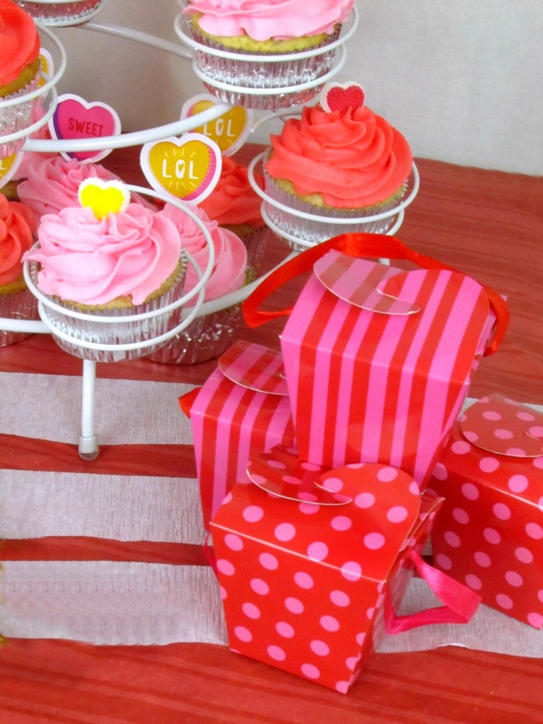 Cupcakes and Treat Boxes