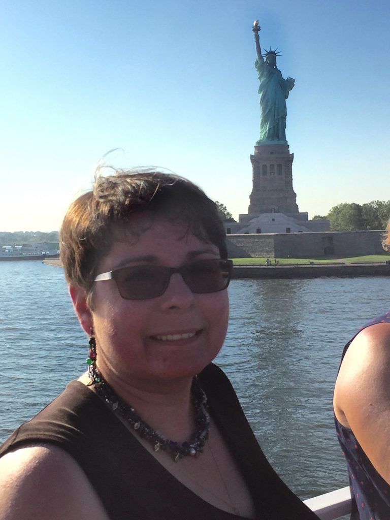 Jenn with the Statue of Liberty